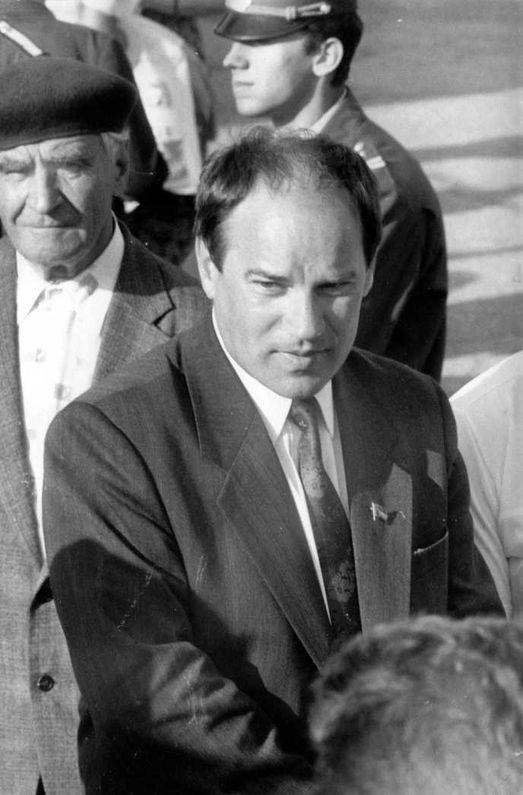 Николай Владимиров в начале 1990-х годов – председатель Саратовского городского Совета народных депутатов (фото Алексея Хействера).
