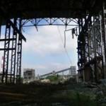 Внутренняя часть одной из секций центрального, самого крупного сооружения Белорецкого ГОКа (июль 2011 года, автор фото – Ямиль Yamigos).