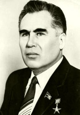 Мидхат Шакиров.