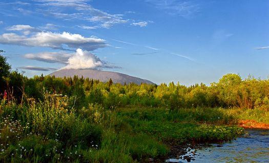 Вид на гору Косьвинский камень, Усть-Тылай, Урал (автор фото – Роман Александров).