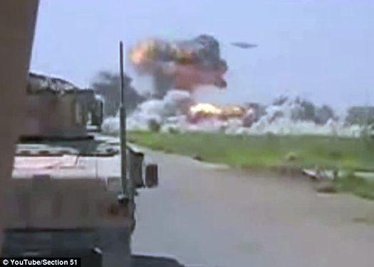 Первые залпы НЛО и – разрывы в лагере талибов.