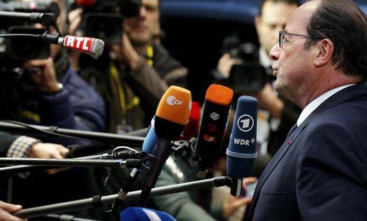 Президент Франции Франсуа Олланд на пресс-конференции в Брюсселе 18 декабря 2014 года (фото: ©Reuters).