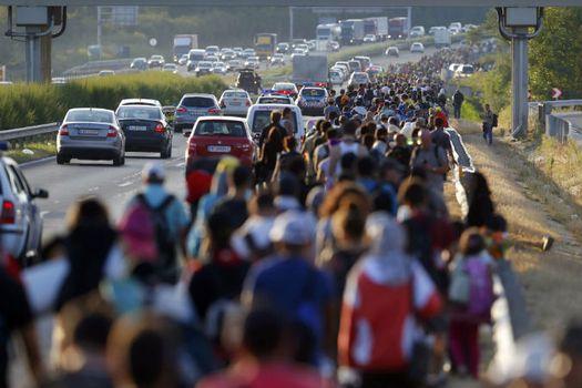 Мигранты в Европе.