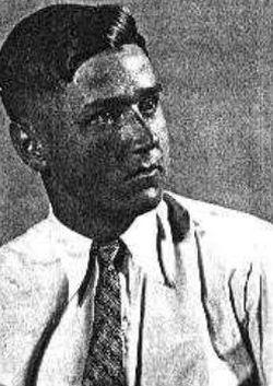 Александр Долецалек в возрасте 26 лет (фото 1940 года).